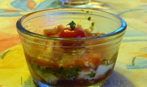 Verrine de tomates au pesto