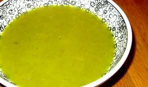 Soupe aux côtes de blettes et poireaux