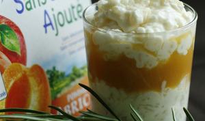 Riz au lait aérien au romarin et Compote pomme abricot