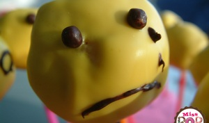 Cake pops smiley