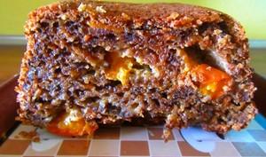 Cake moelleux courgette, noix, carottes et abricots