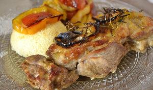 Gigot d'agneau aux légumes bio rôtis et semoule