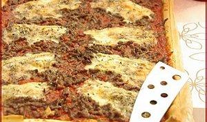 Pizza à la viande hachée et au munster