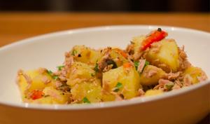 Salade de pommes de terre, poivrons et thon