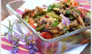 Salade colorée aux légumes d'été
