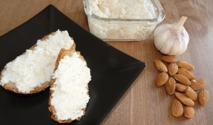 Fromage d'amandes