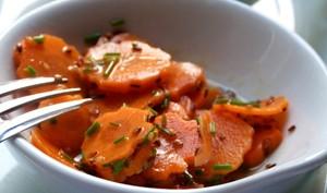 Fleurs de carottes croquantes au sésame et citron vert