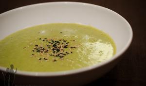 Soupe à la courgette et au sésame