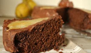 Moelleux chocolat aux petits oursons et poires