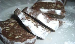 Saucisson de chocolat aux noisettes