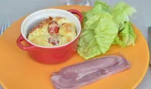 Tomates mozza en clafoutis, salade au balsamique