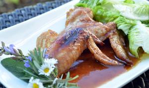 Ailes de poulet , sauce soja et sirop d'érable
