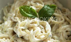Spaghettis à la ricotta et au basilic