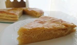Galette des rois amande, pommes vanillées