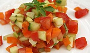 Tartare de légumes croquants au basilic