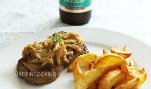 Faux-filet de boeuf accompagné d'une fondue d'oignons à la bière de Mike Delfino