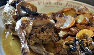 Cailles farcies sauce au cidre et champignons