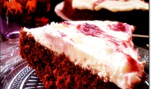 Moelleux au chocolat intense / Chantilly / colis de framboise