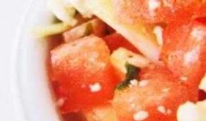 Salade pastèque, oignons nouveaux, feta et coriandre