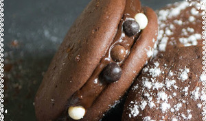 Whoopies au chocolat et pépites aux 3 chocolats