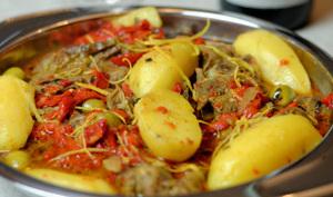 Collier d'agneau aux poivrons et aux olives