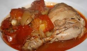 Poulet mijoté sauce tomates cerises romarin Saclà et pommes de terre
