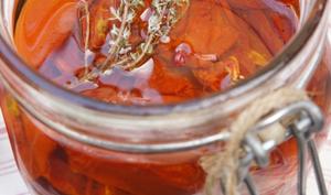 Tomates confites : la saison des conserves