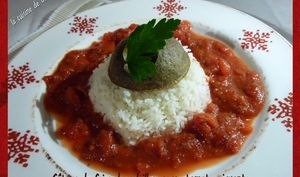 Gâteau de foies de volailles, sauce tomate piquante