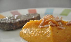 Purée de carottes, pommes de terre et bacon
