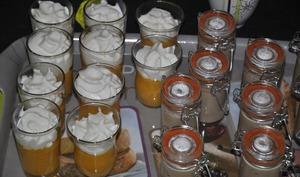 Verrine de crème de carotte et chantilly de chèvre