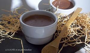 Petites crèmes au chocolat au lait