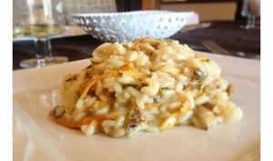 Risotto crémeux aux chanterelles parfumé à l'huile de truffes blanches