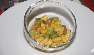 Salade de pommes, kiwi et saumon fumé