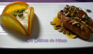 Filets de lapin au caramel d'orange, pignons de pin et pistaches