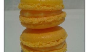 Macarons Passion Curd