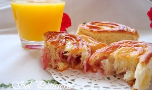 Petits pains roulés au jambon et au fromage