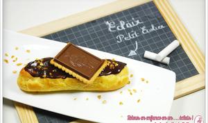 """Eclair """"Petit Ecolier"""": Chocolat blond Dulcey & pépites de chocolat noir"""