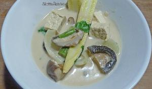 Soupe de lait de coco à la thaï