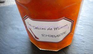 Confiture vanillée de rhubarbe et d'abricots secs