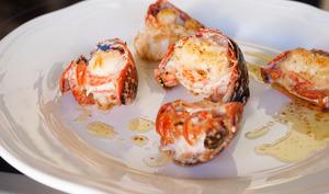 Médaillons de homard sautés au beurre moussant