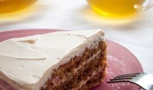 Gâteau à la betterave et noisette