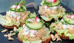 Tartines de saumon aux écrevisses