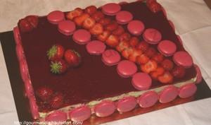Mon gâteau d'anniversaire, fraises et thé matcha
