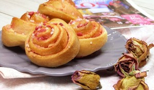 Brioches à la rose
