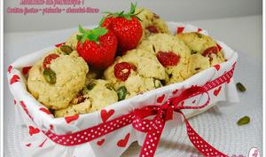 Cookies fraise séchée, pistache et chocolat blanc