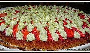 Tarte aux fraises et sa crème pistache
