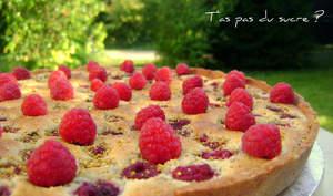 Tartefoutis à la pistache et aux framboises