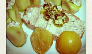 Makis de courgettes aux rillettes de sardines, citron confit, et fondue de poireaux à l'échalote