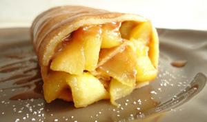 Roulé de crêpes aux pommes