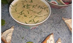 Velouté courgette et champignons sur des airs de crème de coco